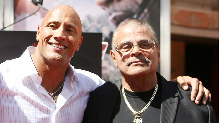 "Muere padre de Dwayne ""The Rock"" Johnson a los 75 años"